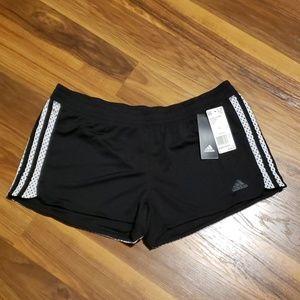 💜 NWT Women's black Adidas active shorts size L